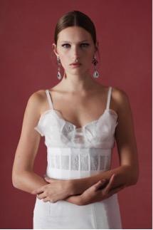 vestido de novia para mujer con cadera amplia