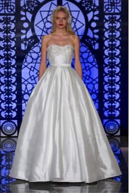 vestido de novia para mujer con espalda ancha