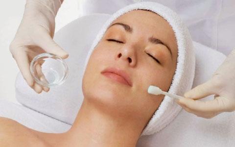 peeling facial antes y después del tratamiento